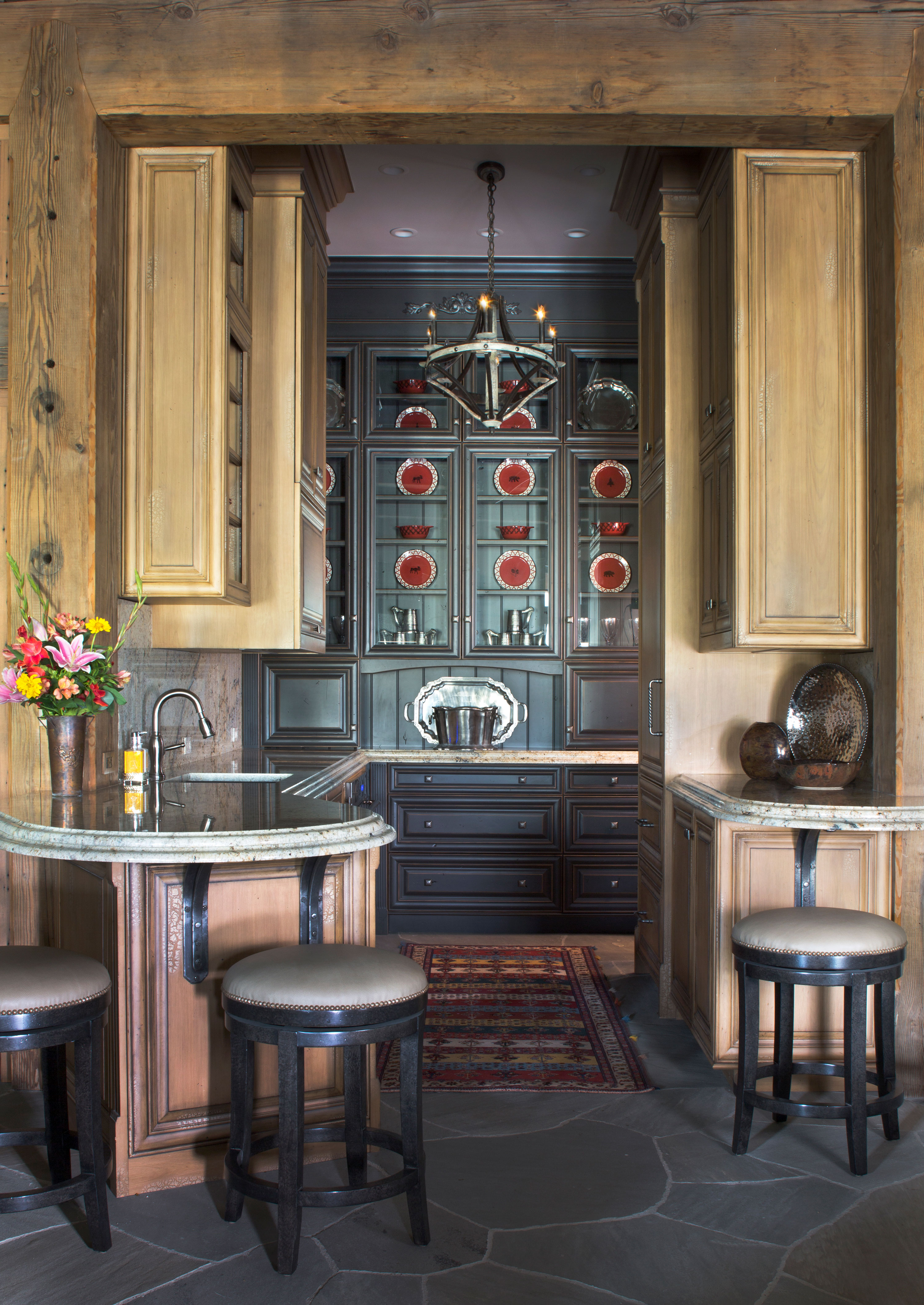 Country-Rustic Kitchen - Piney 1
